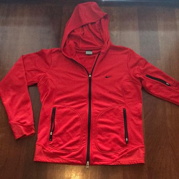Women s Nike red hoodie. M 5b9d8e2baaa5b8114c74ecdf b629d65f7